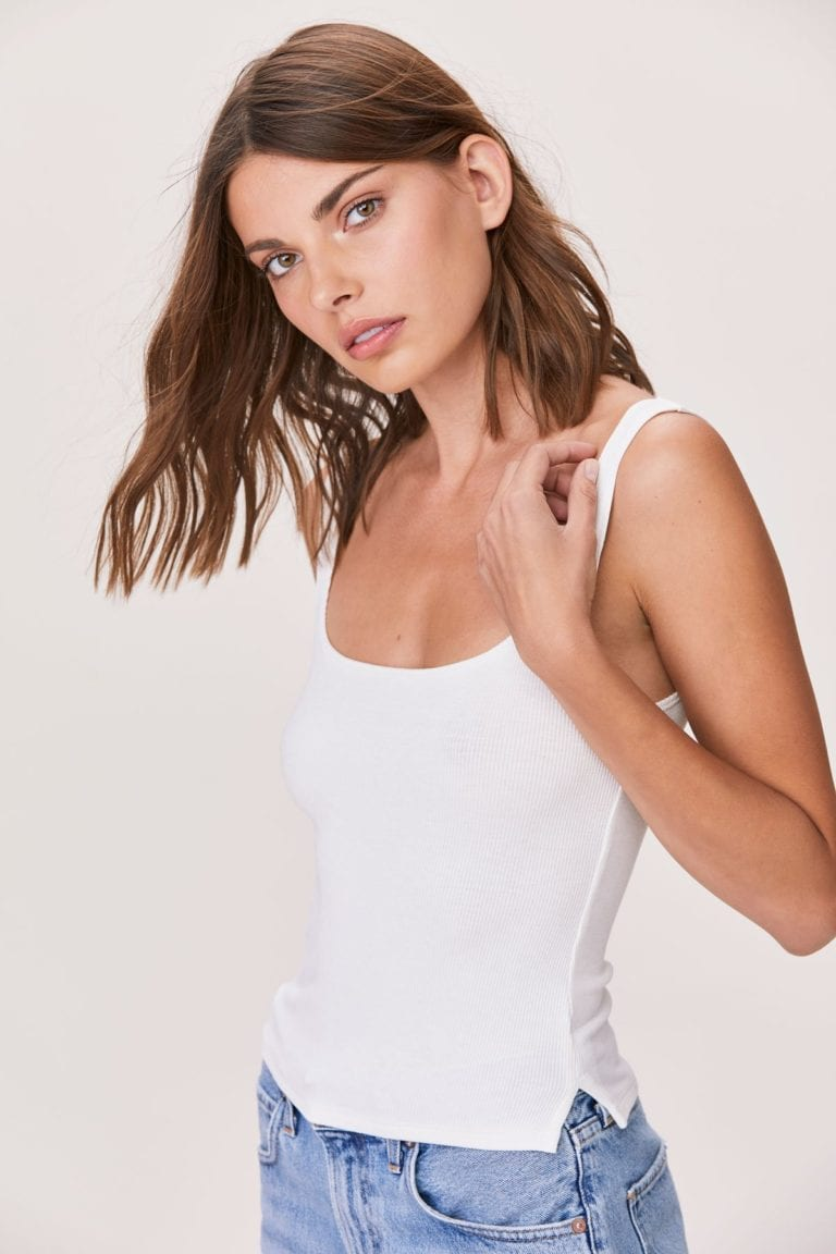 ESSENTIAL RIBBED SCOOP TANK WHITE