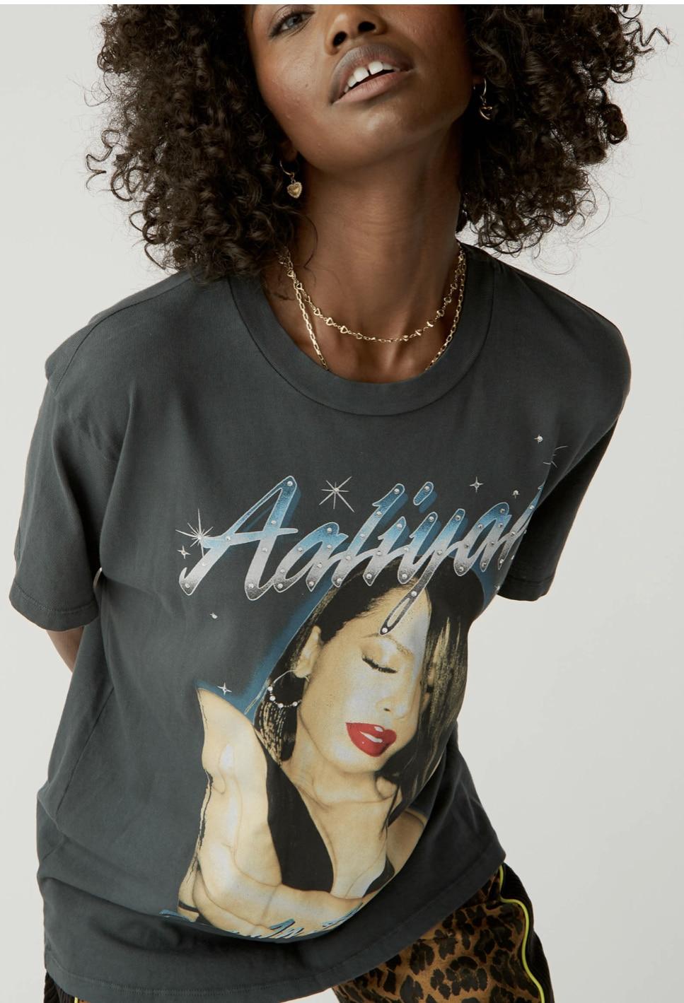 Aaliyah One In A Million Weekend Tee